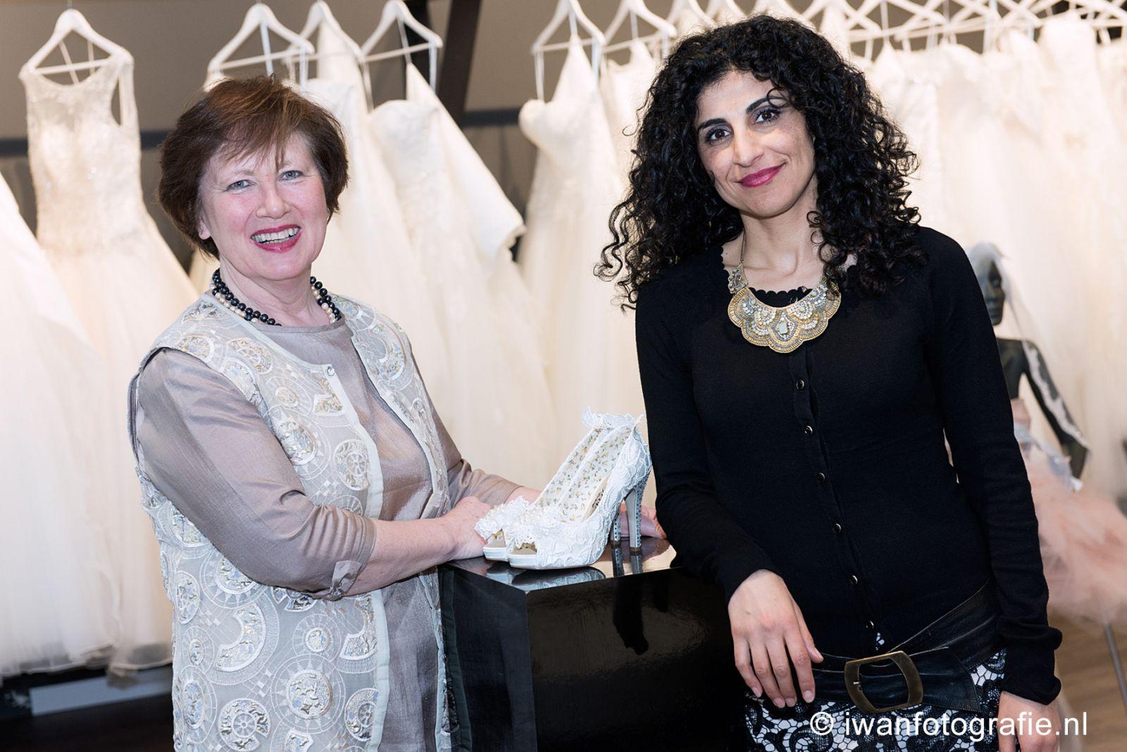 Samira und Trees, Sams Brautkleider Enschede